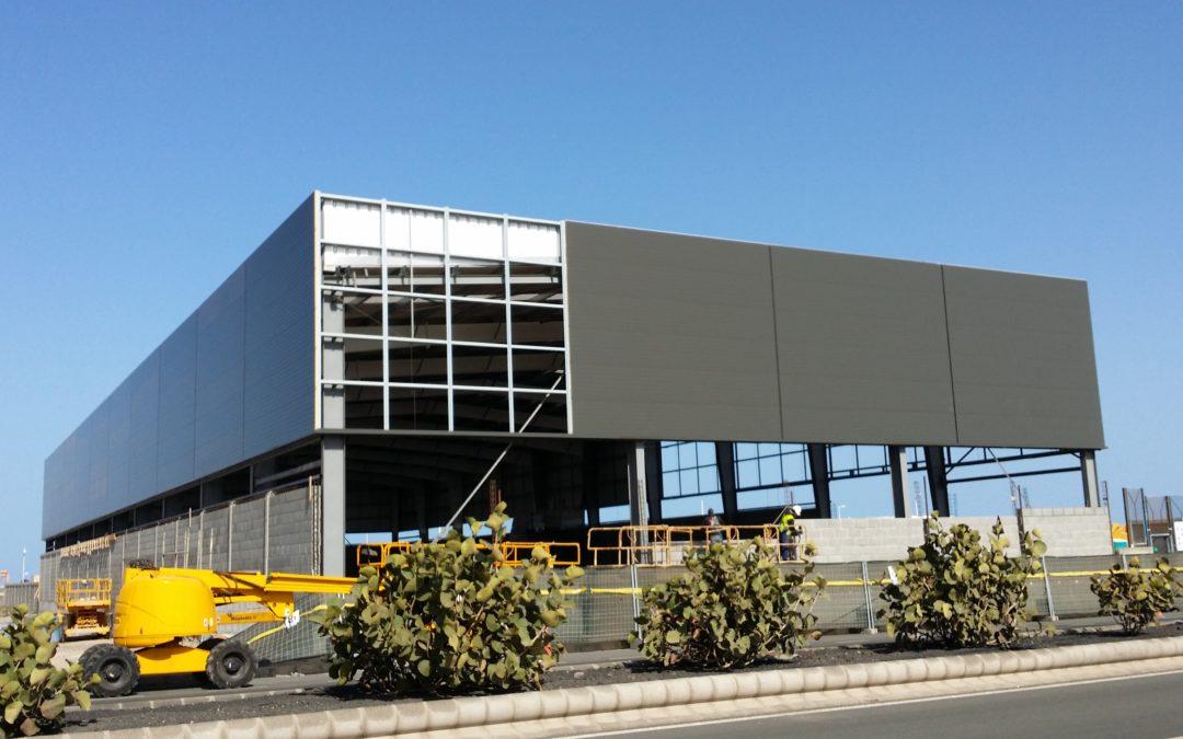Naves industriales mb cubiertas y estructuras for Panel sandwich las palmas